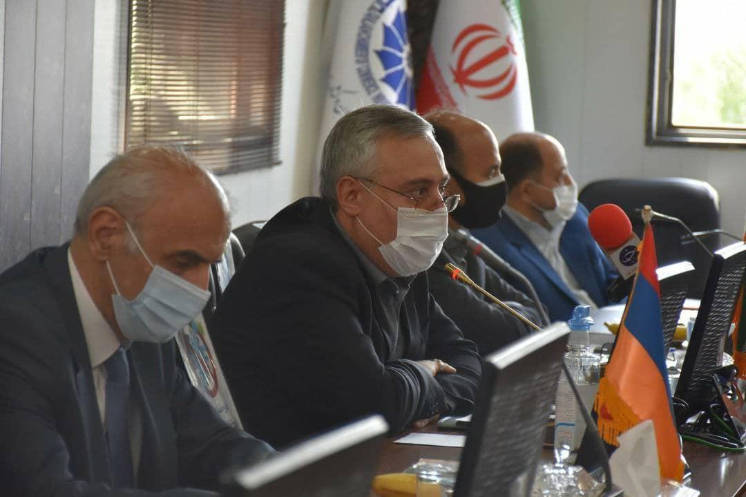 ایران دارای اقتصادی قوی و منابع مطلوبی است